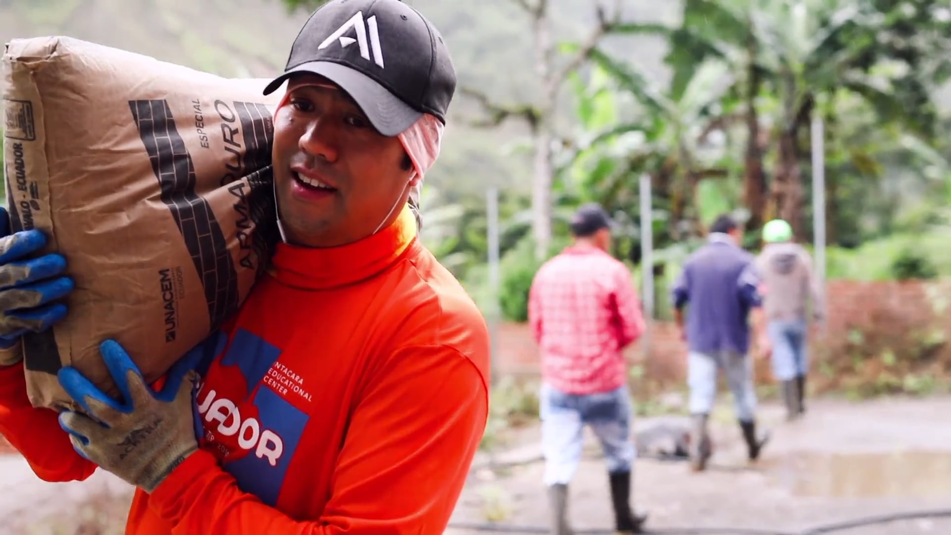 Passion - Academy Employees Use VTO to Give Service in Ecuador